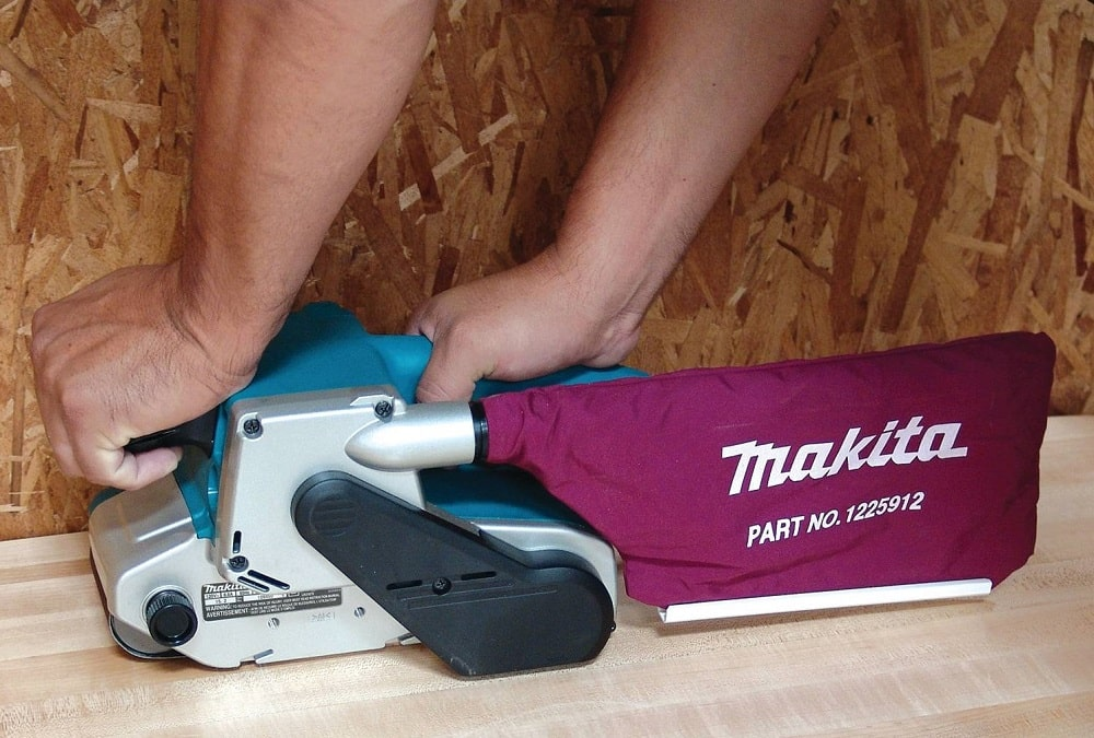 Best Sander For Removing Paint From Wood & Walls