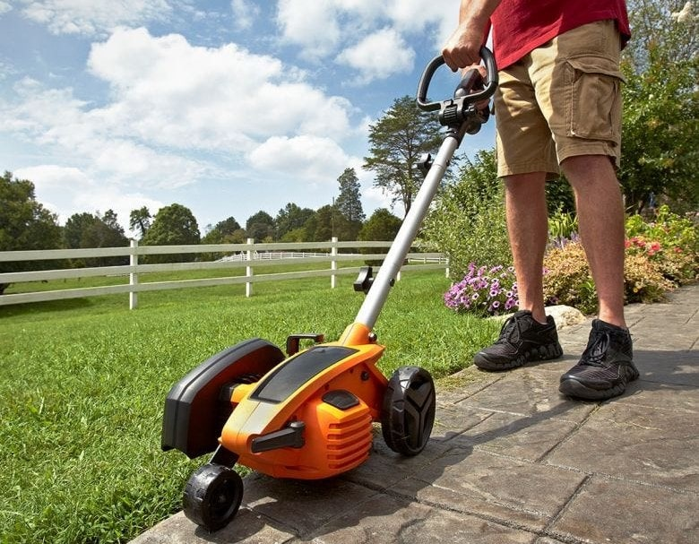 How to use an electric lawn edger